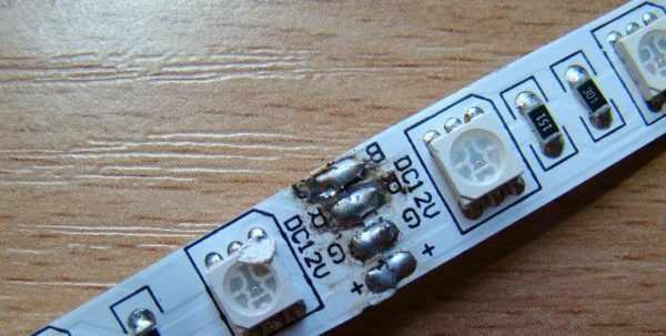 LED-лента может мигать из-за некачественной пайки