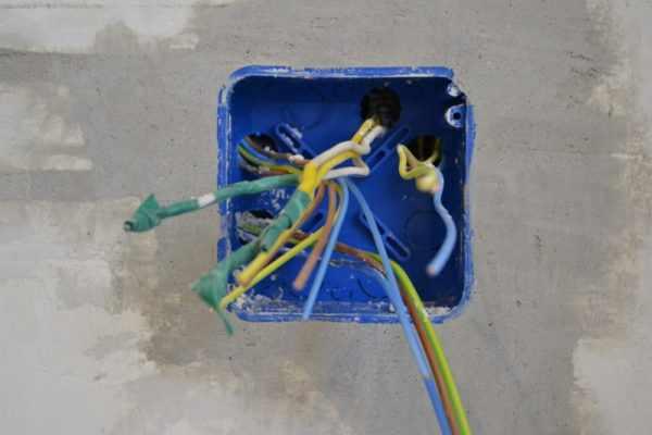 Распределительная коробка для скрытой электропроводки