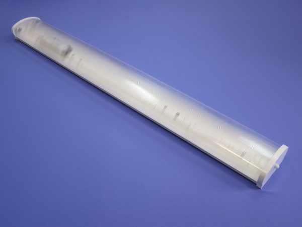 Потолочный люминесцентный светильник