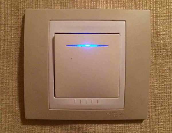 Причиной мигания светодиодной ленты может быть выключатель с подсветкой